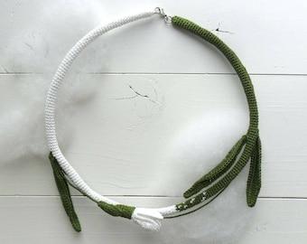 boho necklace, boho chic, assymetric floral necklace, fiber necklace, textile necklace,  statement necklace,  crochet necklace, snowdrop