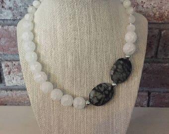 Statement necklace/Statement jewelry/Semiprecious stones/Quartz/Crystal necklace/Crystal jewelry