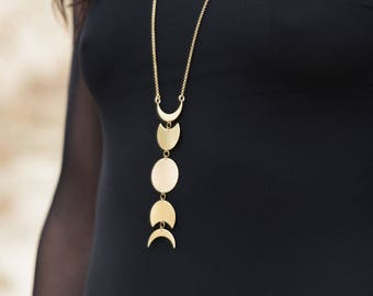 The Moon Phase Necklace