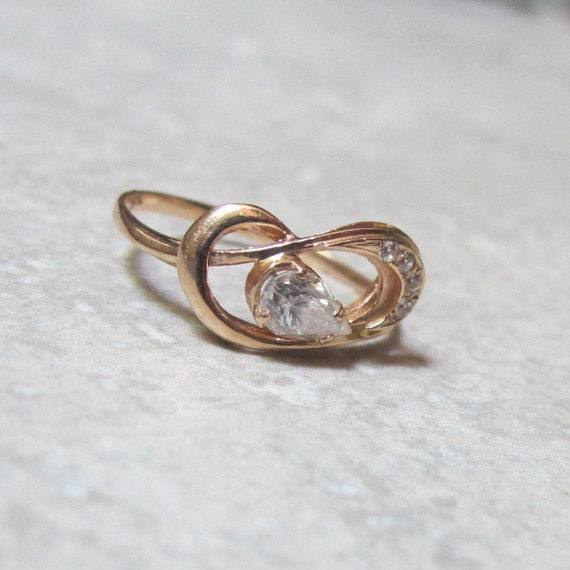 Gift for Her Bridal Gold Lace ring Size 7 14K Gold Ring Jewelry 1990s Engagement Wedding Cubic Zirconia Hallmark R 585 Mid Century