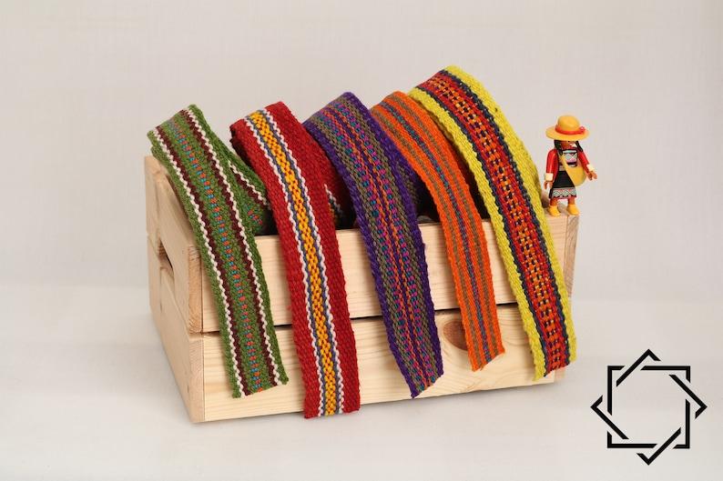 44a7849362e2 Cinta lana tejida a mano; Ribetes encaje; Pasamanería; Patrón geometrico;  Multicolor; Etnico; Boho