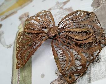 Antique 1900's Victorian Filigree Lace Bow Design Brooch BoutiqueByDanielle