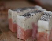 Soap scrub poppy seeds an...
