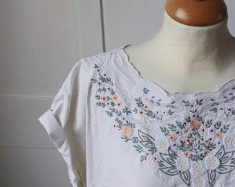 Vintage white cotton embroidered blouse
