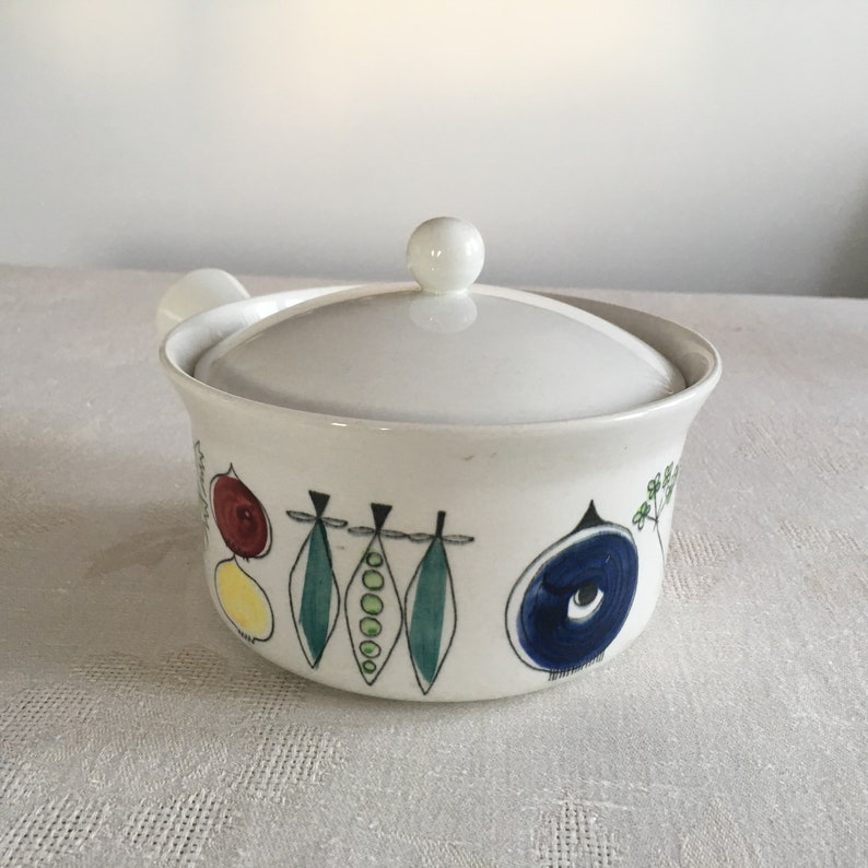 RorstrandSweden PICKNICK- tile by Marianne Westman1950s Picnic casserole  with lid # 8