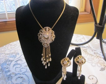 1960's Glamour Rhinestone Necklace and matching clip earrings set Rare Find!
