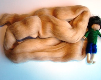 merino wool skin tone, flesh color wool, fairy doll face wool, sandy skin tone wool, beige merino wool, felting wool by jade, shen kendal uk
