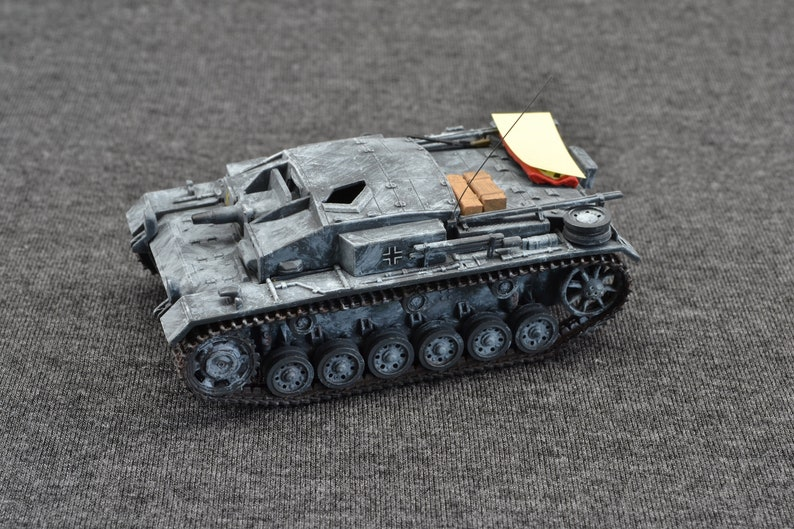 Sturmgeschutz IIIE Stug IIIE 1/72 German Armored Fighting image 0