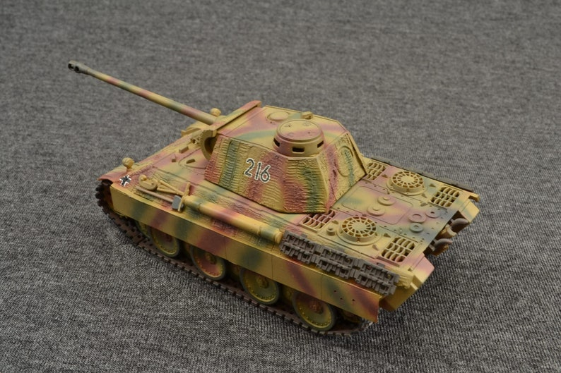 Panther Ausf D 1/72 German Zimmerit Armored Fighting image 0