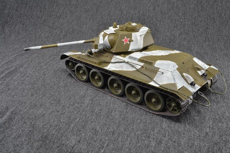 T-34/76 Medium Tank 1/35 Russian World of Tanks Wargaming image 0