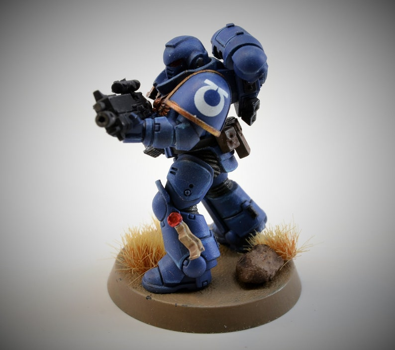 Space UltraMarine Intercessor Battle Brother with Bolt rifle  image 0