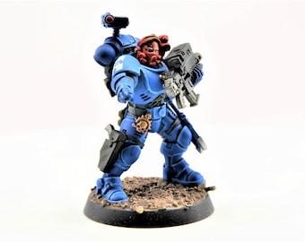 Space UltraMarine Incursor Sergeant with Occulus bolt carbine, bolt gun, pistol, daggers, grenades- WarHammer 40K  (107-07)