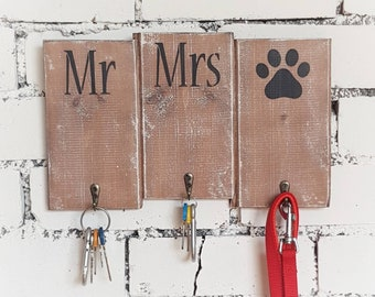 Mr and Mrs gift, Mr Mrs wooden sign, Rustic Key and Lead Hook, Dog owner gift, Wall Key Rack, Gift for couple, Housewarming Gift, Key holder