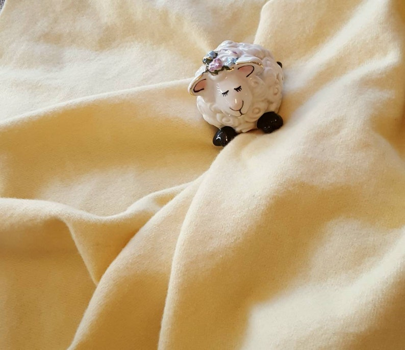 Butter 100/% USA milled wool fabric