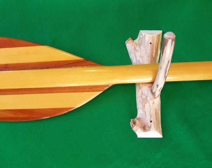 Canoe paddle hooks