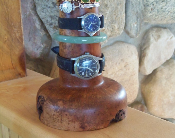 Burl bracelet display