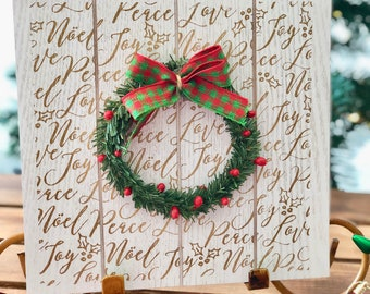 Wooden pallet look sign with mini wreath from Glendi Designs