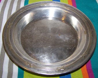 Small dish or plate in silver