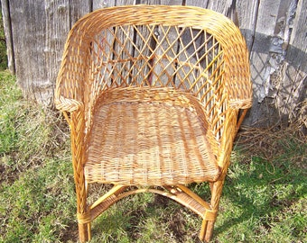 Small vintage Wicker rattan chair