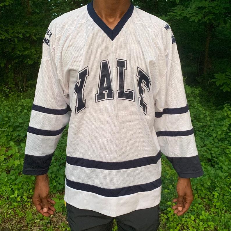 factory price 6ed1c 22bb8 Vintage Yale University Hockey Jersey - School of Management #7