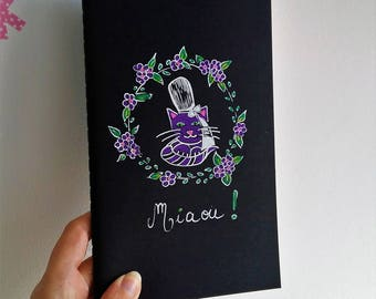 Carnet noir, purple cat