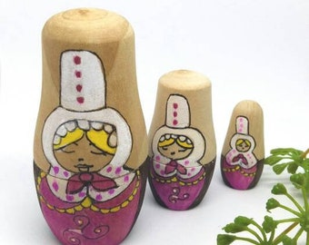 Bigouden matriochka dolls