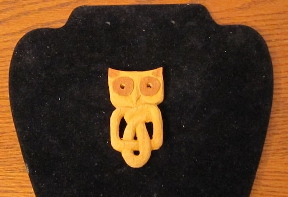 Valentines Celtic Knot Owl Pendant hand carved wooden for your loved one, ancient symbol with FREE 18 inch lanyard