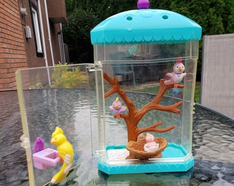 1994 Kenner Littlest Pet Shop Chirping Birds and Nesting Home Set