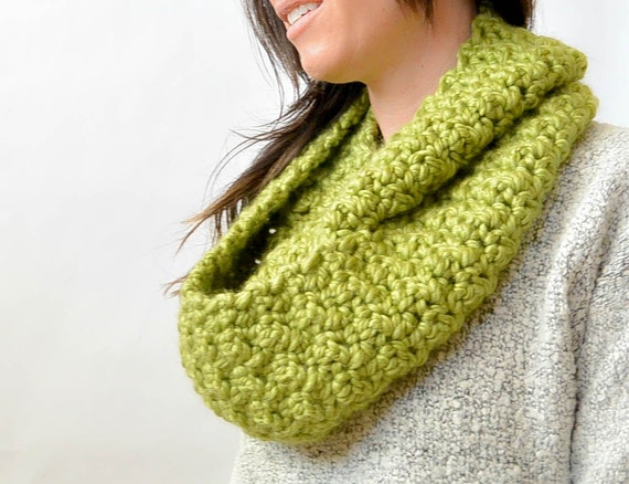 Chunky Crochet Infinity Scarf Pattern Big Crochet Scarf Easy Etsy