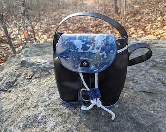 Handmade 100% vegetable tan small leather purse