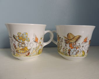 Vintage Corelle Child's Size Mugs,Set of 2 Children's size cups,Tea Party Set, Boy and Girl,Bugs,Kite and Ice cream Cup Set,Vintage Corelle