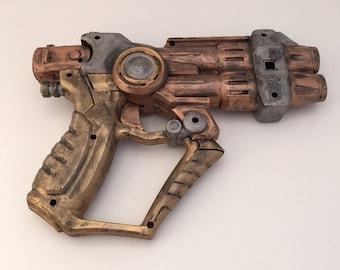 Steampunk cosplay gun OOAK Handpainted working Nerf-style gun scifi sci-fi