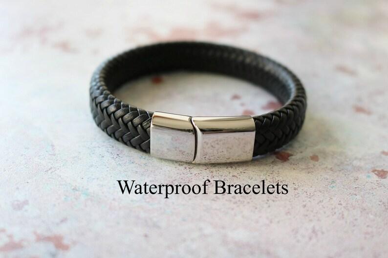 543aa63dd642 NEW EXCLUSIVE Mens WATERPROOF Personalised Leather Bracelet