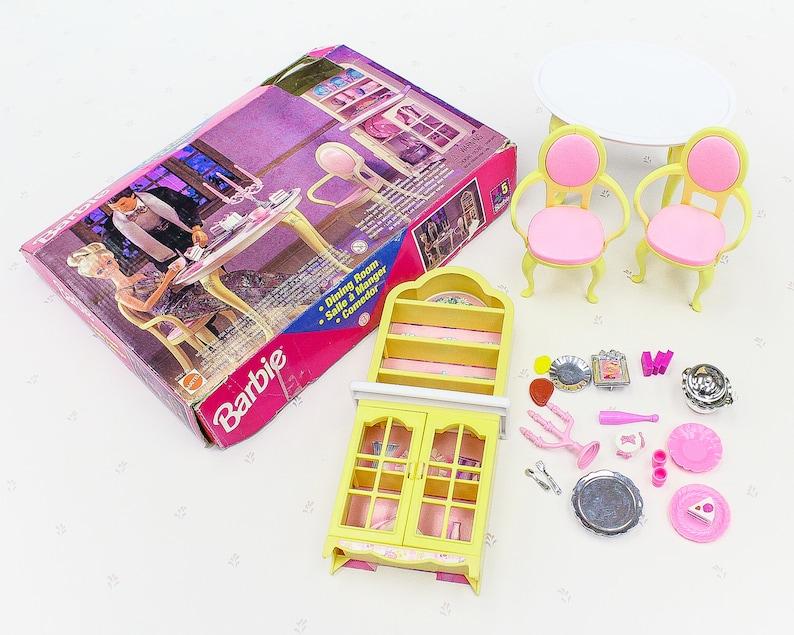 Vintage Barbie Dining Room Playset, 90s Vintage Toy for Girl, Barbie Doll  Furniture, Barbie Kitchen Toys, 90s Girls Toys Dollhouse Furniture
