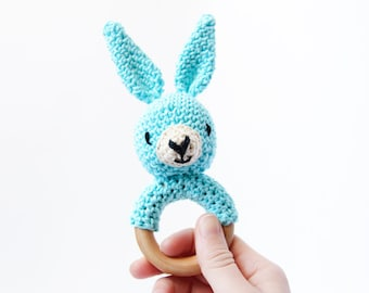 Crochet Blue Bunny Rattle Wooden Teether – baby toy, handmade to order