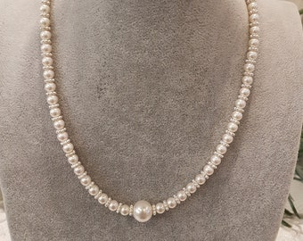 Swarovski Pearl Necklace featuring one large Pearl in the Centre with Matching Stud Earrings