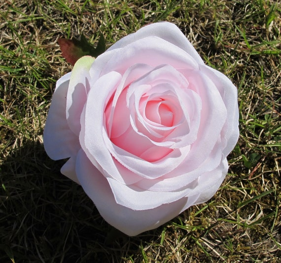 Soft Pink Roses 12 Artificial Silk Flowers Pink Rose Measuring Etsy