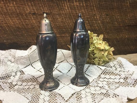 Rogers 1881 Silver Salt Pepper Shakerssetrusticsilver Etsy