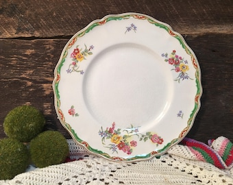 Johnson Brothers Old Staffordshire Dinner Plate/ILFORD/England/Floral/Gold Rim