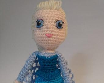 Elsa Frozen crochet doll