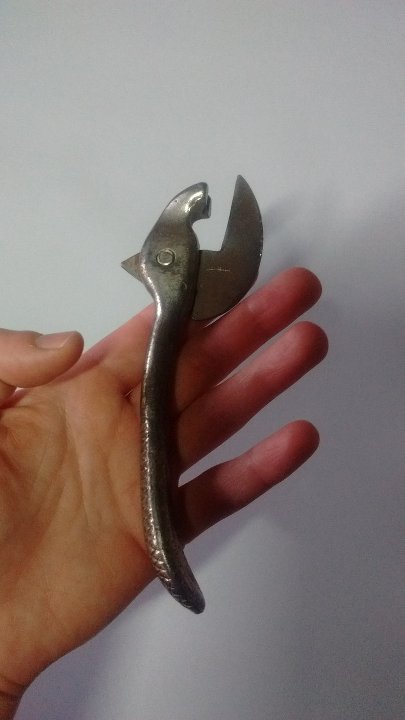 1950s kitchenware VINTAGE CAN OPENER