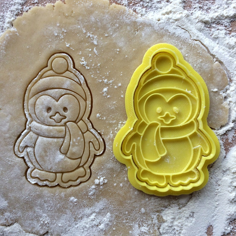 Penguin cookie cutter Baby shower sweet table decor Kid/'s party supplies cookies Christmas cookie stamp