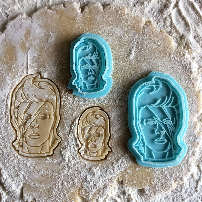 David Bowie cookie cutter. Ziggy Stardust face cookie stamp. image 0