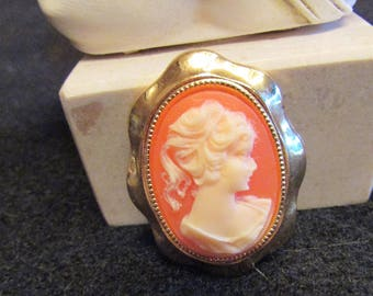 """Vintage cameo """"pony tail"""" girl. Circa 1940's, resin material. Very cool for that cameo lover! Reasonably priced just for you!"""