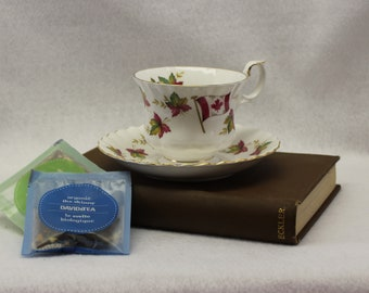 "Royal Albert Canada ""From Sea to Sea"" tea cup saucer set."