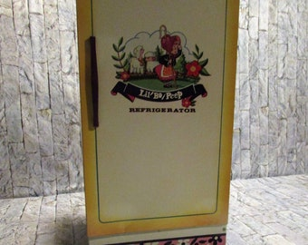 Vintage Lil' Bo Peep, tin, litho, refrigerator. Made by wolverine. Vintage children's collectible.