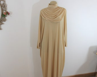 Vintage Hostess Kaftan Gown By Keyloun. Lingerie Lounging Apparel by designerGeorgie Keyloun. One size fits all most