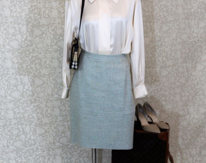 Burberry blue silk tweed skirt in size Euro Size 48 US size 16.  Vintage Burberry A-line Skirt.