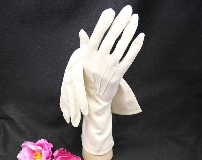 Beige Gloves Size 7.  Vintage 3/4 Length Dress Gloves Made by Hansen.  Over the wrist gloves. Wedding Prom Tea Party Gloves