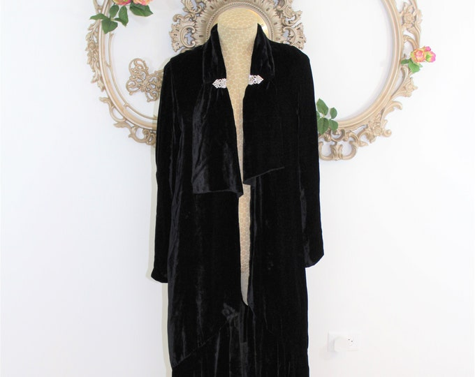 RARE 1920's Flapper Coat Black Velvet. Opera Coat with Rhinestone Clips, Ruffled Hem and Lapel.  Historical Collectible Roarinng 20's.